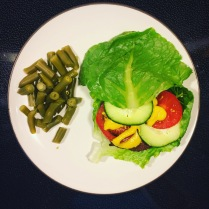 Bun-less burger + green beans